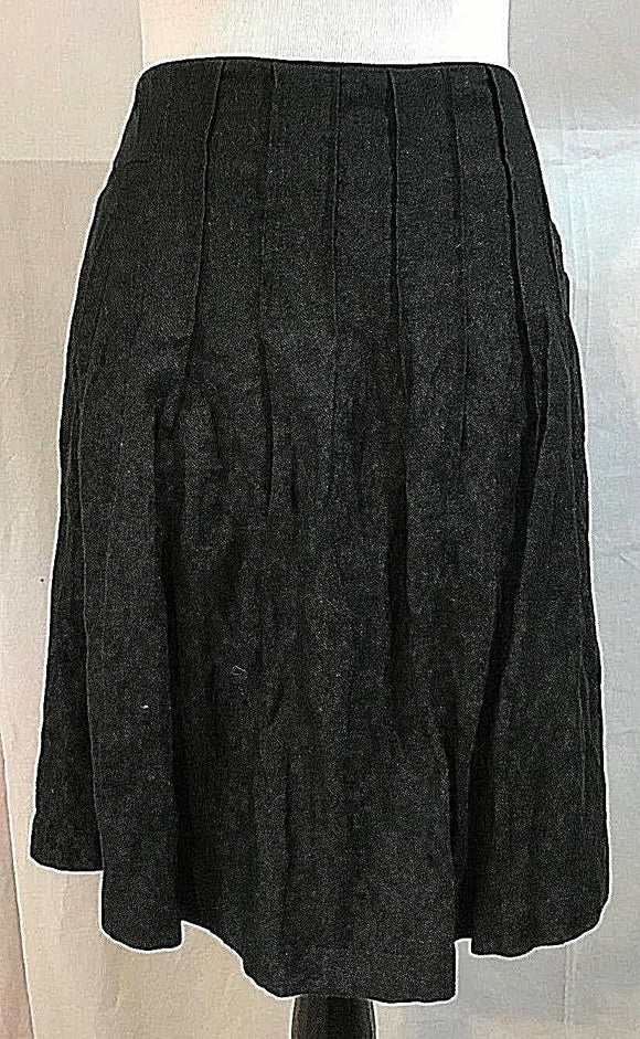 Women's Black Pleated Skirt Size 8 by CAbi (03212)