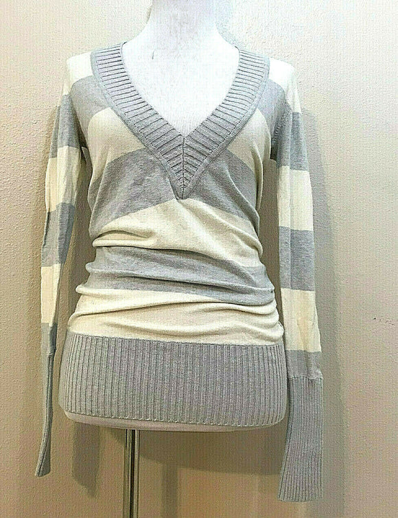 Women's Gray &White Striped V-Neck Sweater Size M by American Eagle Outfitters (04264)