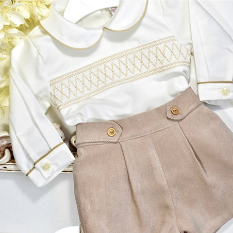 beige shorts set