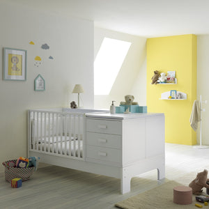Explorer white wooden baby cot by Pali - myitalianliving