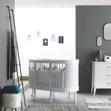Load image into Gallery viewer, Lab baby wooden cradle-cot convertible system by Pali - myitalianliving