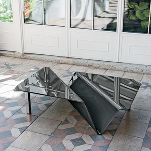 Albatros curved glass coffee table by Target Point
