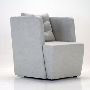Modern comfortable Italian armchair Artibella by Domingo