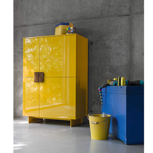 Contemporary free standing storage unit