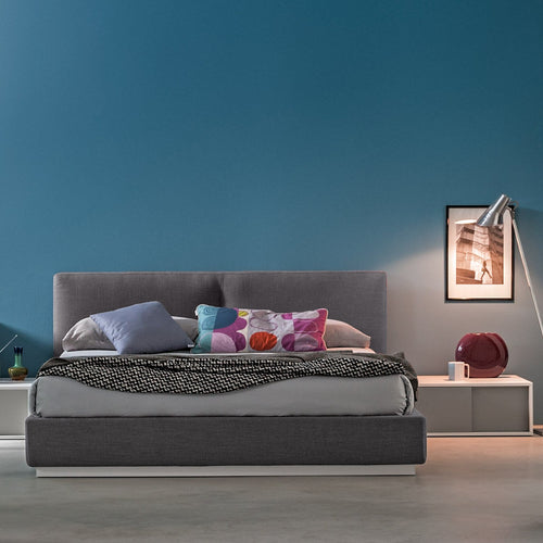York upholstered bed with optional storage by Mobilstella
