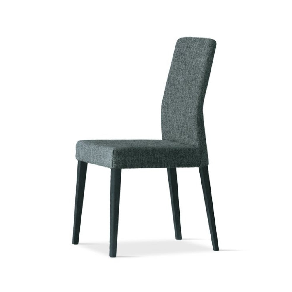 Lucrezia padded high backrest dining chair by Sedit