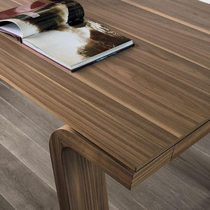 Dining extendable table