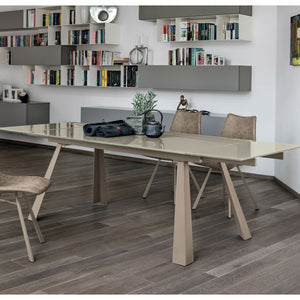 Ponente 180 extending dining table