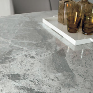 Porcelain Stoneware or Glass
