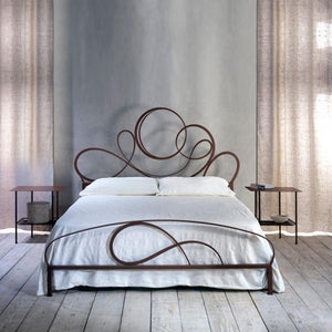 Ravello classic wrought iron king size bed by Cosatto Letti