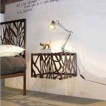 Load image into Gallery viewer, Gringo wrought iron king size bed