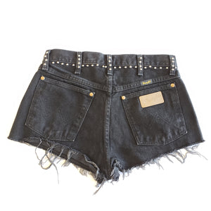 WB Shorts - 29w (mens - looks more like a 3/4)