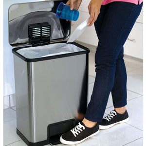 13gal Waste Can with AirStep™ Technology
