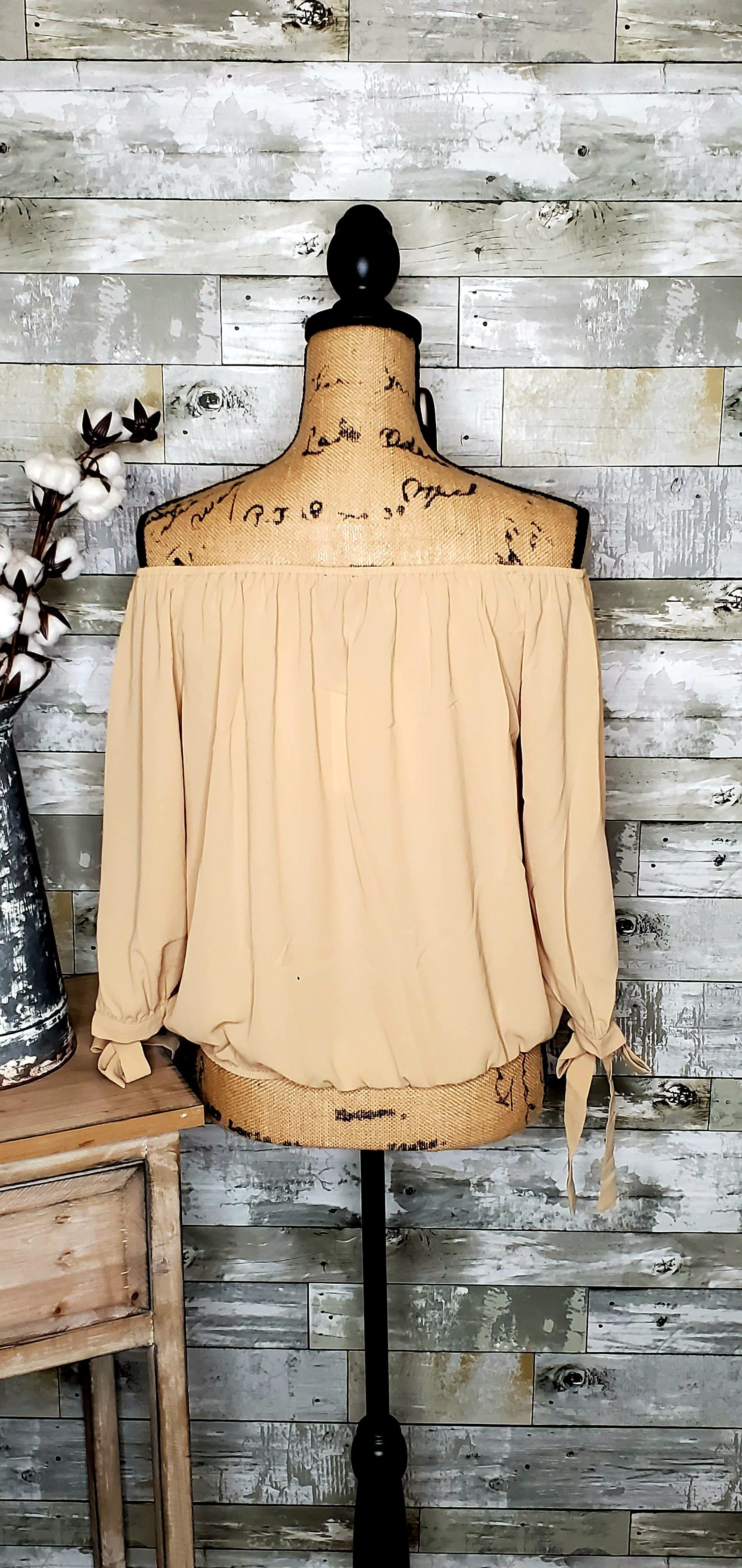 CURVY BUTTON OFF SHOULDER TOP-Curvy Top-Zenobia-Litchfield Lane Boutique