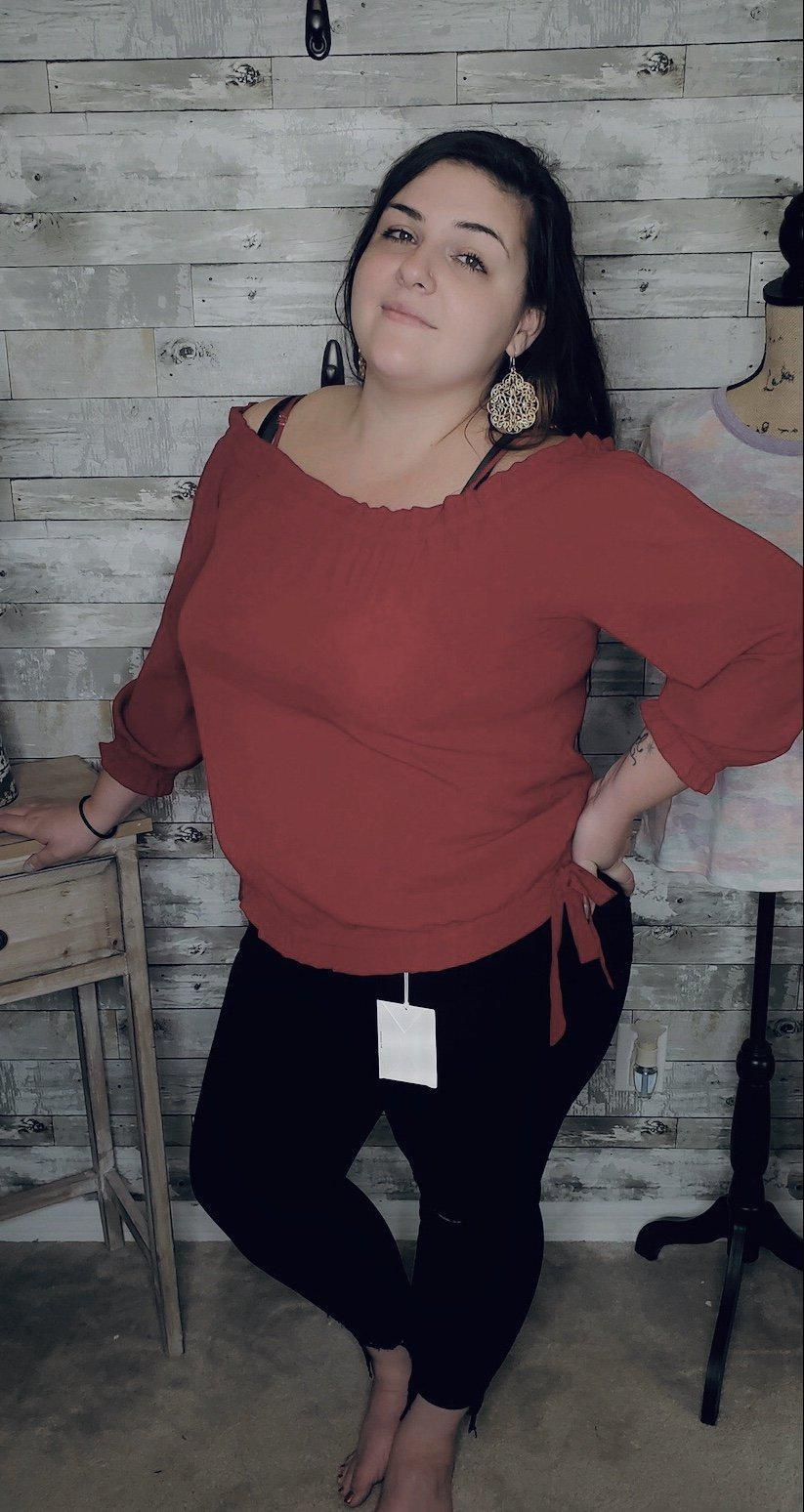 CURVY GET CARRIED AWAY TOP (2 COLORS)-Curvy Top-Zenobia-Litchfield Lane Boutique