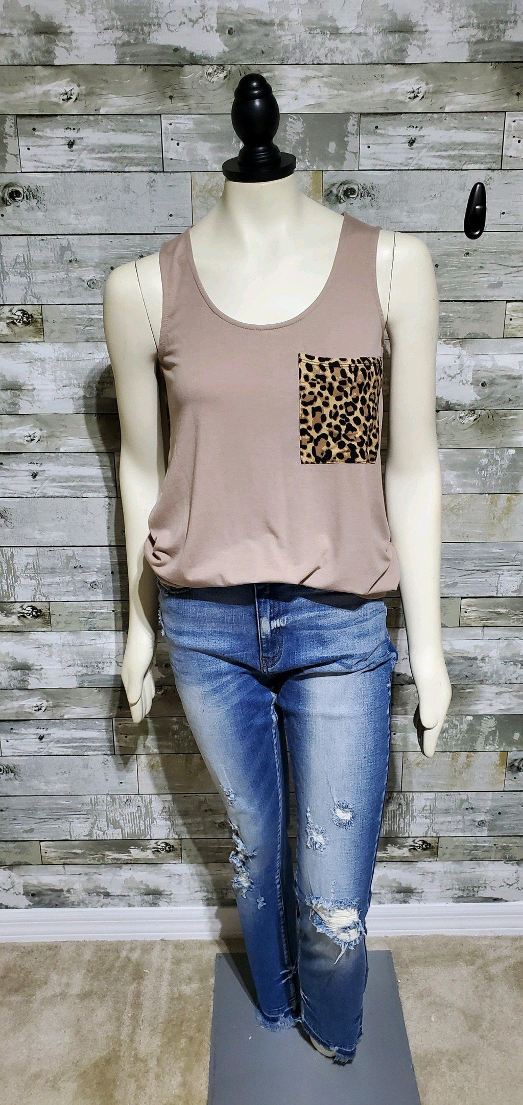 Mocha Leopard Pocket Tank-Tank-Litchfield Lane Boutique-Litchfield Lane Boutique