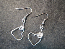 Load image into Gallery viewer, Earrings Handmade Silver hearts