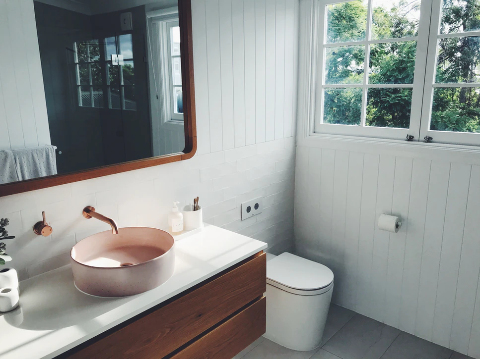 Top 10 Small Bathroom Layout Ideas