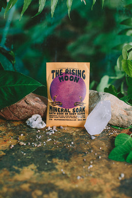 Rising Moon Mineral Soak - CovetedThings