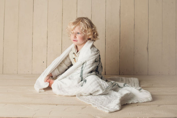 Little Light 4-Layer Organic Cotton Happy Cloud Luxury Blanket