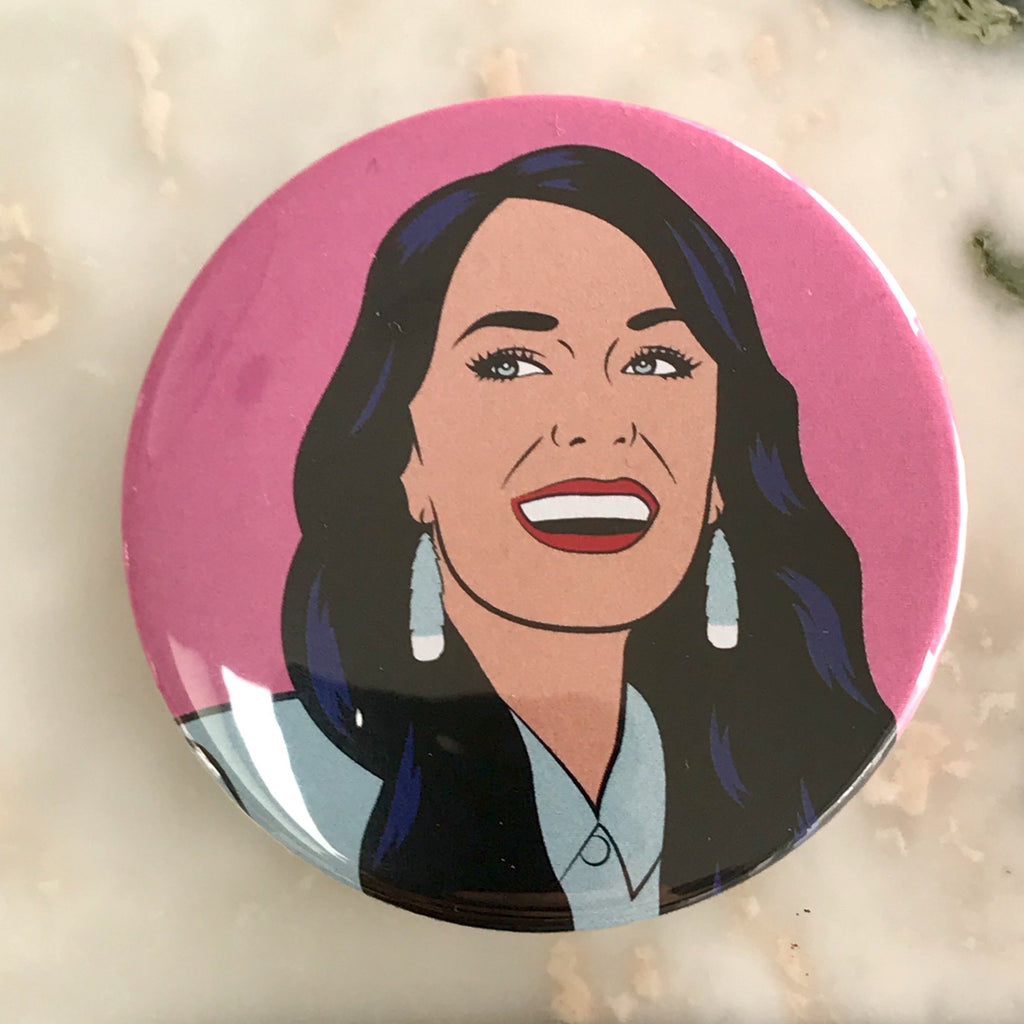 Famine of Beauty - Jacinda Ardern Badge - Cindylicious - 55mm diam