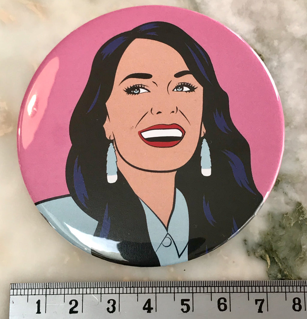 Famine of Beauty - Jacinda Ardern Badge - Cindylicious - 75mm diam