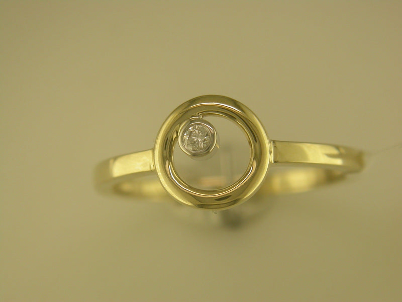 9CT YELLOW GOLD DIAMOND RING 0.02CTS