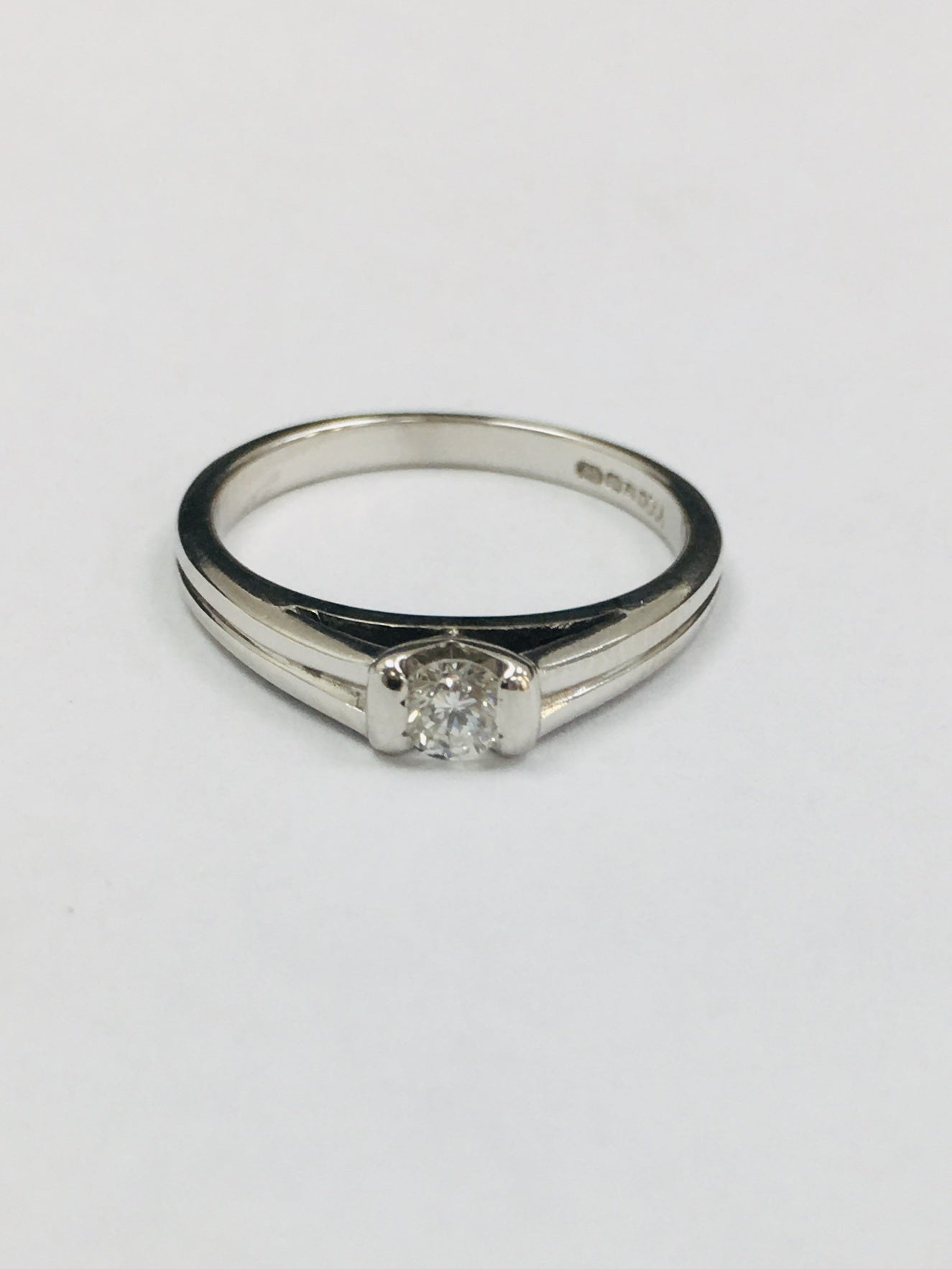 18ct White Gold Single Stone 0.16cts Diamond Ring