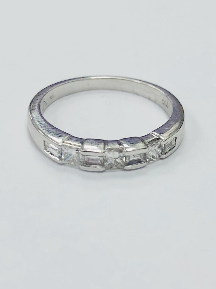 18ct White Gold Severn Stone Eternity Ring