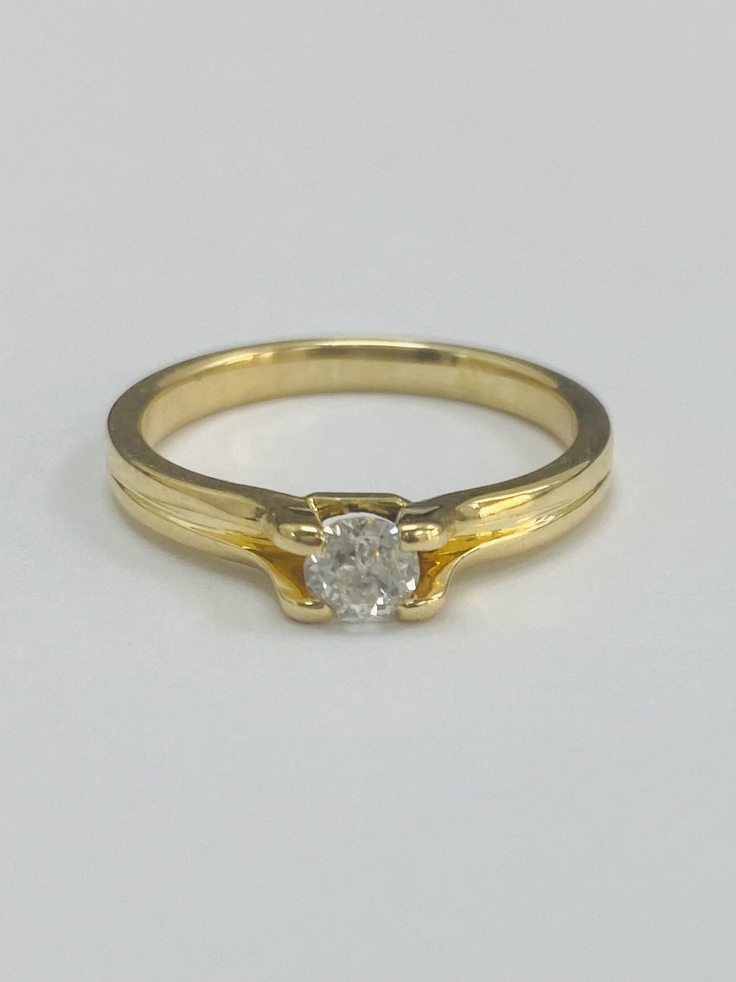 18ct Yellow Gold 0.33cts Diamond Ring