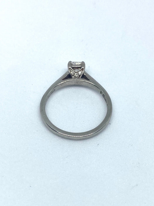 18ct White Gold 0.35cts Princess Cut Diamond Ring