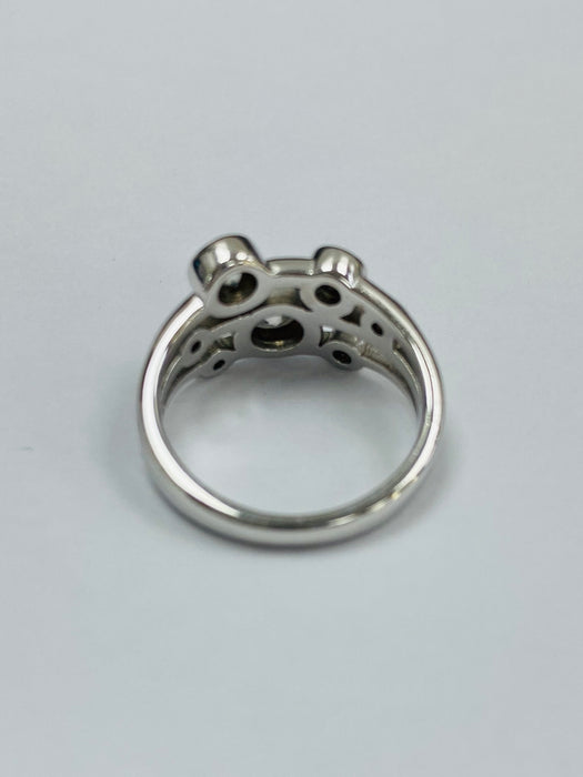 18ct White Gold 0.92cts Seven Stone Diamond Ring