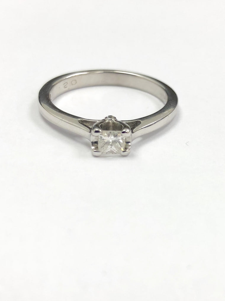 18ct White Gold 0.20cts Princess Cut Diamond Ring