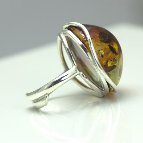 Silver Curve Edge Amber Ring