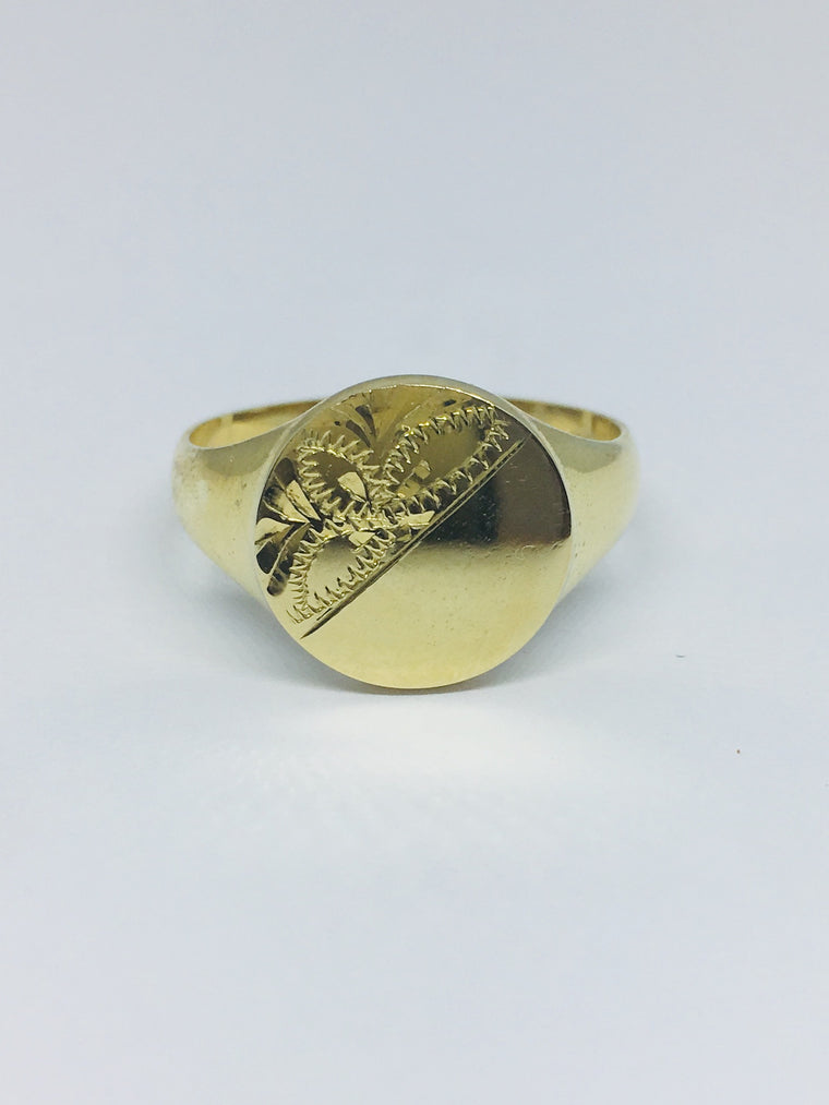 9ct Yellow Gold Half Engraved Round Signet Ring R279
