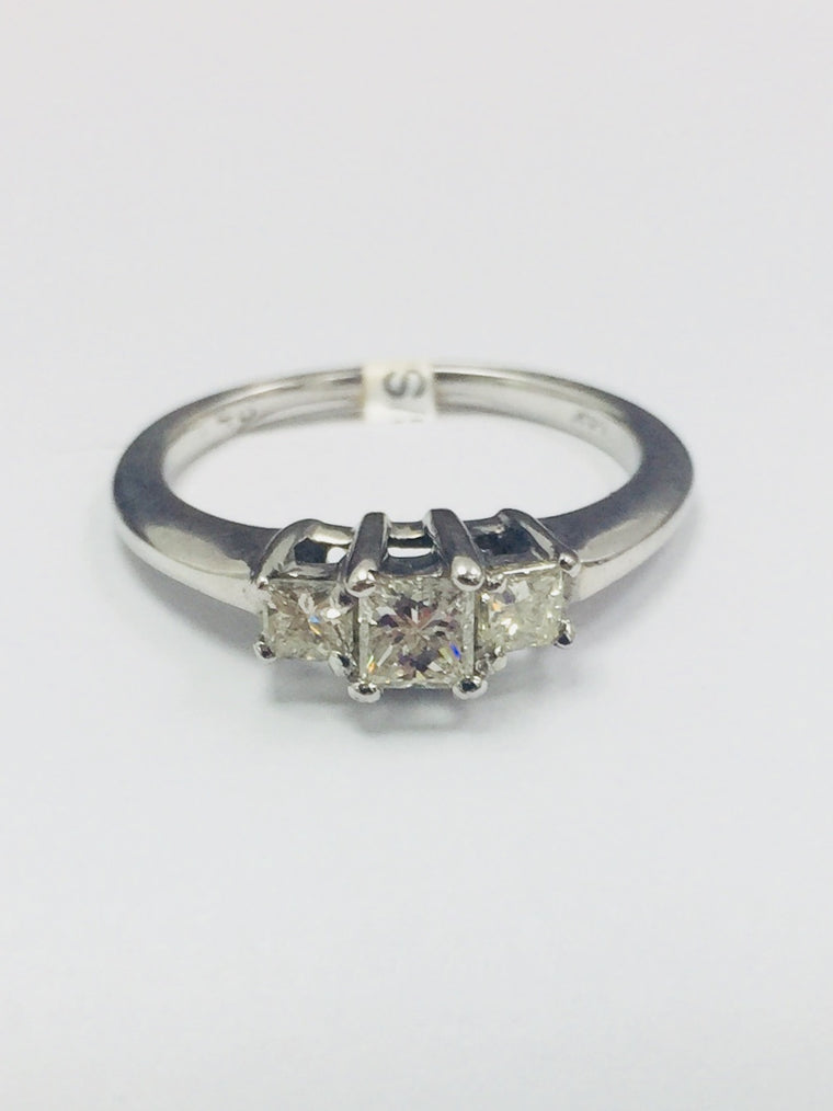 14K WHITE GOLD 3 STONE 0.48CTS RING - PEARSON