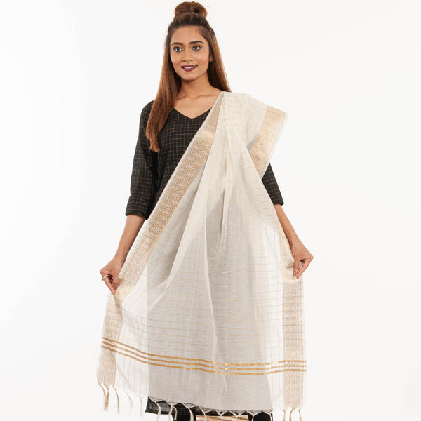 Dyeable Big Zari Patta Border Chanderi Feel Dupatta