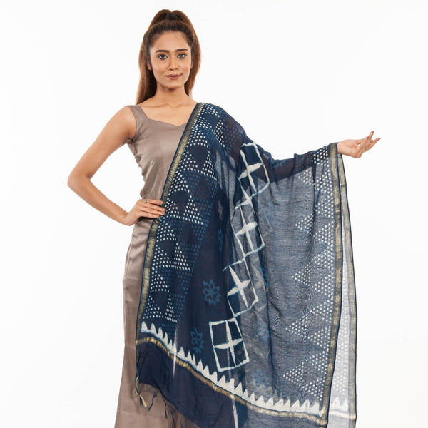 Indigo Colour Floral Print With Ajarakh Border & Tessels Cotton Dupatta