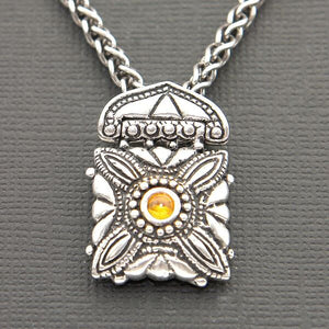 VINTAGE STYLE SLIDER PENDANT IN STERLING SILVER WITH AMBER
