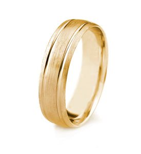 18K GOLD MENS WEDDING BAND WITH SATIN FINISH BEVELED EDGES AND PARALLEL GROOVES
