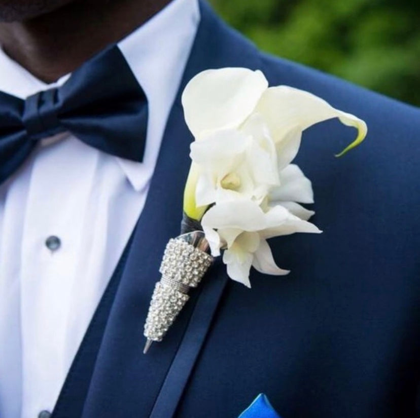 Groom / Groomsmen Boutonnière Holder