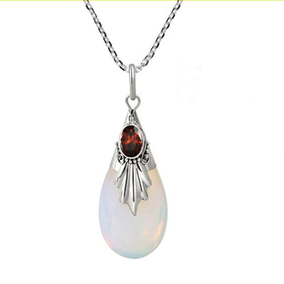 Women Fashion White Moonstone Necklace Creative Drip