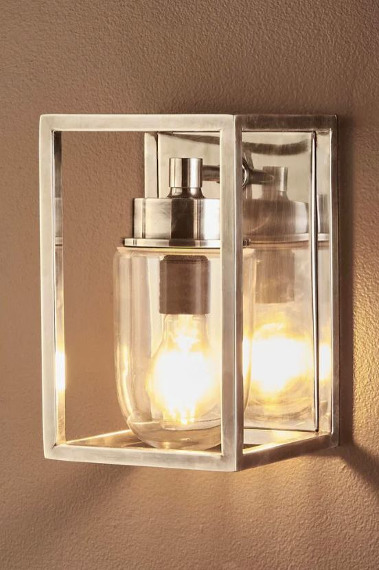 Wellington Outdoor Wall Lamp in Silver