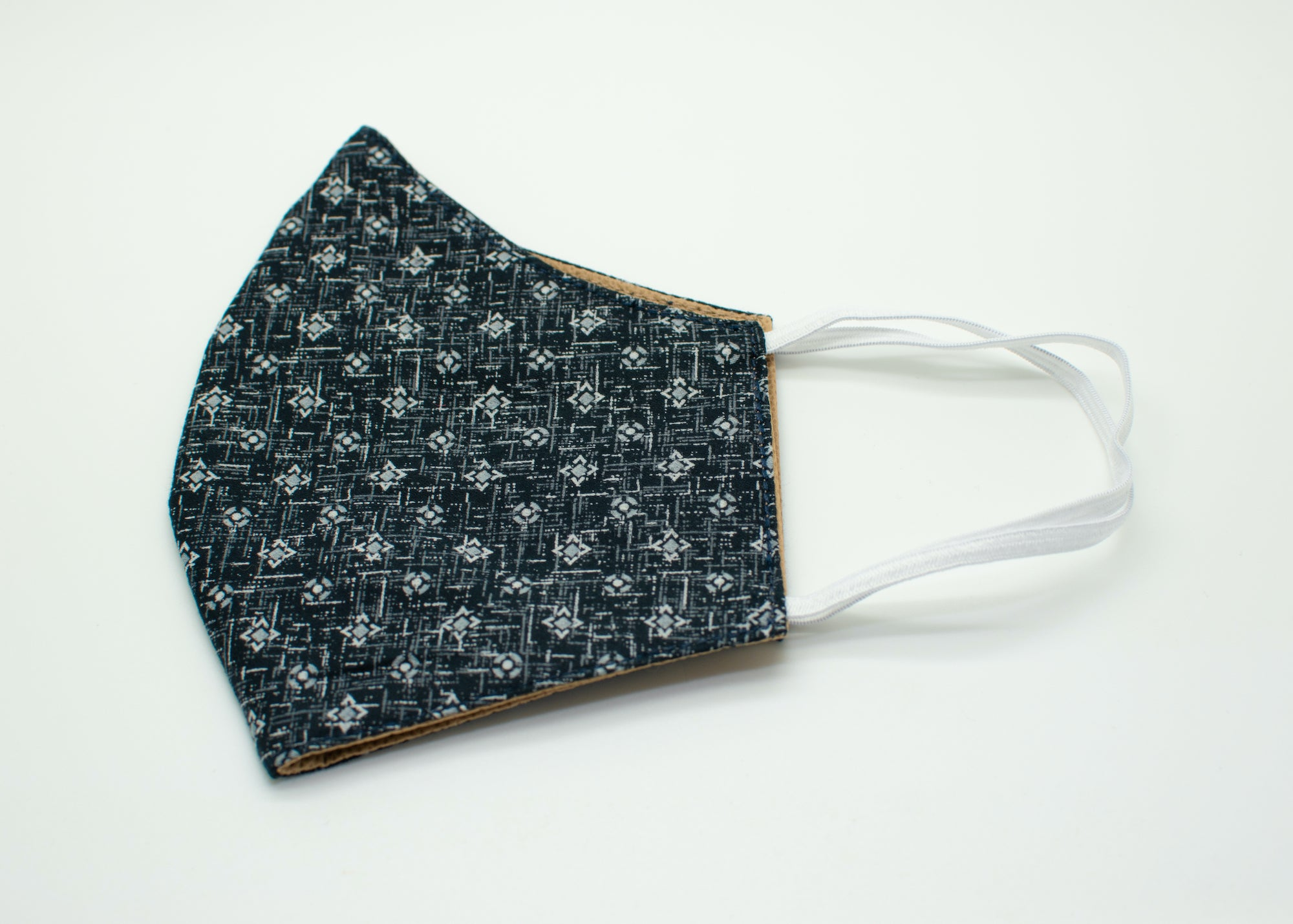 Diamond Crosshatch Mask