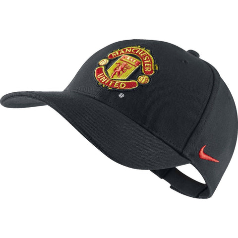 NIKE MANCHESTER UNITED CORE CAP FOOTBALL ONE SIZE Black/Red.