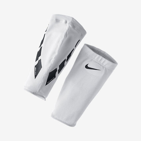 NIKE SOCCER GUARD LOCK ELITE SLEEVE White/Black.
