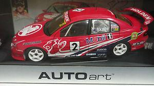 1:18 Holden Racing Team VT Commodore Mark Skaife 2000