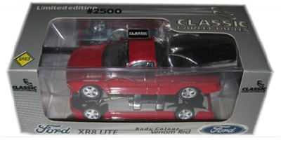 1:43 Ford Falcon XR8 Ute 2002 (Venom Red)