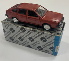Load image into Gallery viewer, 1:43 Conrad VW Passat CLS 1980