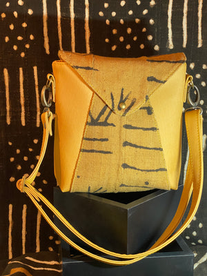 V-Point Front Shoulder Bag-Mustard